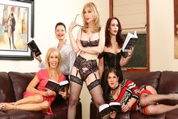 Seduction of Nina Hartley, Scene 2